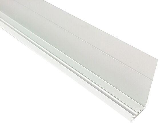 Sokkellist hvit 2400 mm
