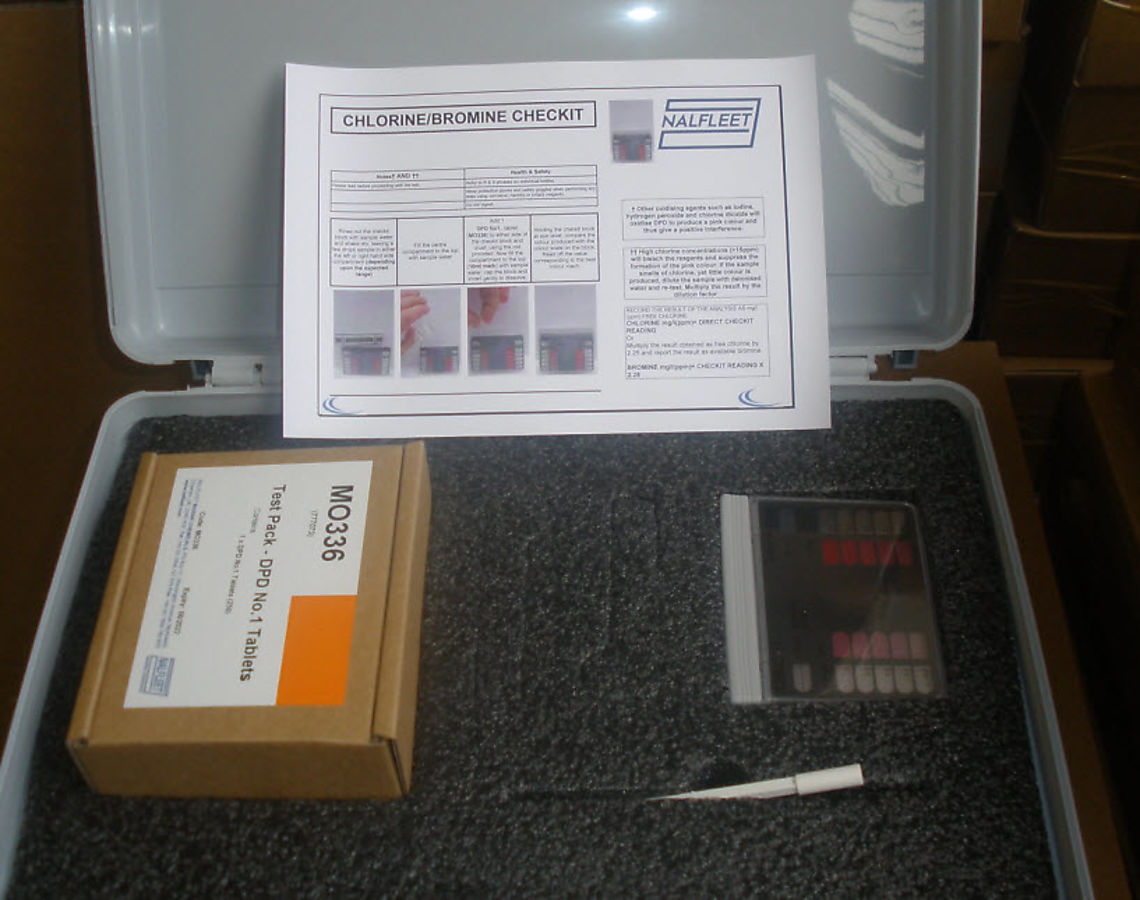 Free-Chlorine-Test-kit-777074